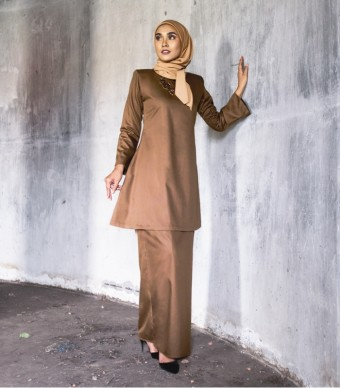 Basic Gulinear Kurung Riau Moden Coffee Brown