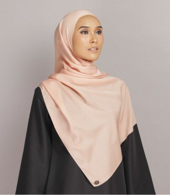 Shania Eyelash Shawl Peach