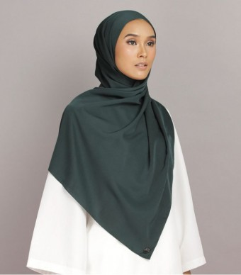 Shania Eyelash Shawl Dark Green