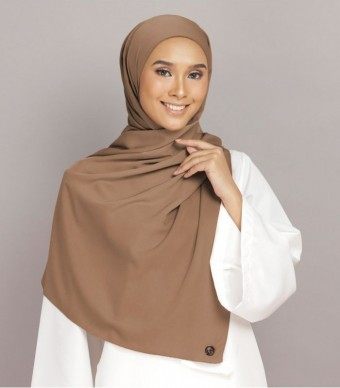Shania Eyelash Shawl Brown