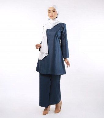 Aeda Scallop Kurung Dark Blue