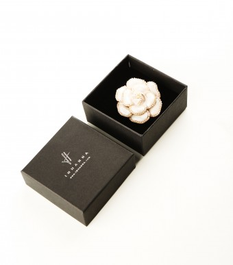 Brooch White Rose