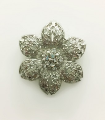 WINDFLOWER Brooch in Silver